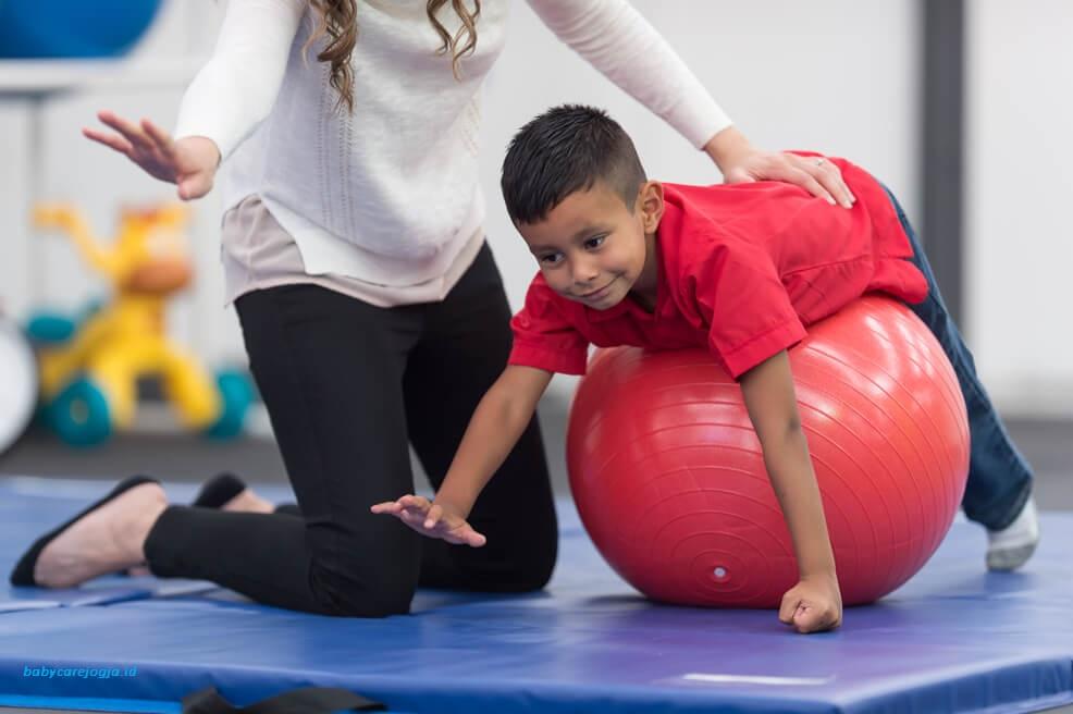 fisioterapi bayi speech delay jogja